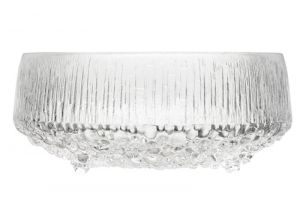iittala Ultima Thule Footed Serving Bowl. In modern literature, Ultima Thule is used to reference the furthest possible place in the world. Tapio Wirkkala's Ultima Thule glassware similarly references the icy cold reaches of Scandinaiva and the distinct expressive power of Finnish glass. Designed in 1968, Wirkkala's Ultima Thule contributed to iittala's national breakthrough and remains a distinctive iittala design.The Ultima Thule footed serving bowl has textured sides that…