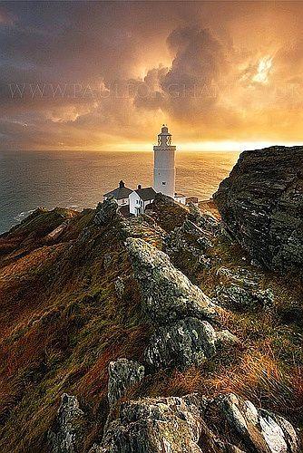 ✯ Start PointLighthouse, Devon England