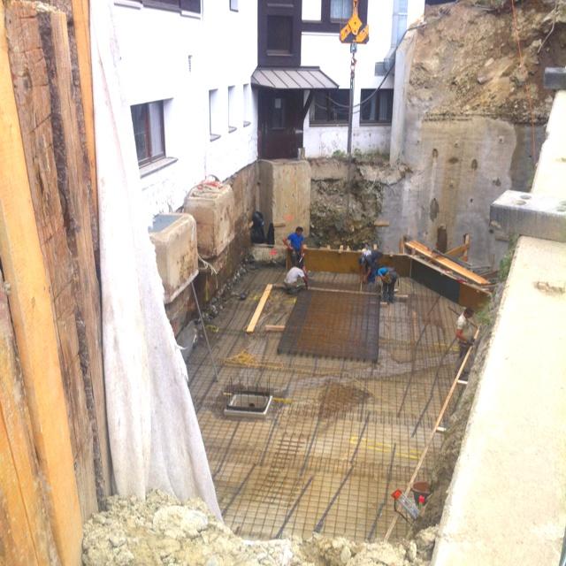 Elegant Bodenplatte betonieren