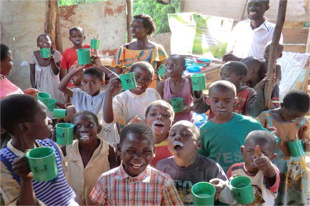 Yogures probióticos para mejorar la salud y el desarrollo del África subsahariana http://blgs.co/fA8I32
