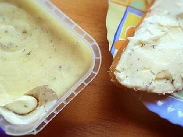 Намазка на хлеб а-ля плавленный сыр «Янтарь» — vkusno.co