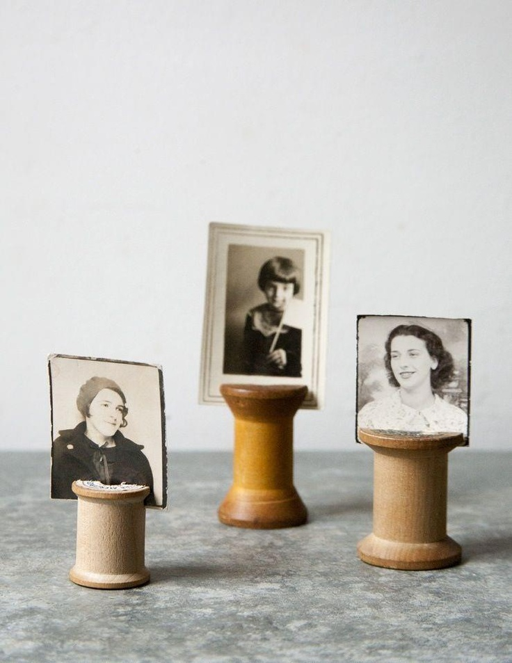 DIY: vintage wooden thread spool photo holders