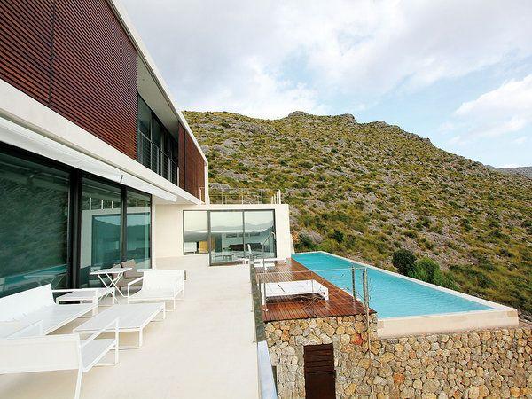 37 best spanish exterior images on pinterest spanish - Piscinas en mallorca ...
