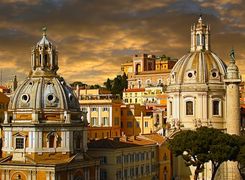 Rome is my LOVE can imagine living here whole year long in some great apartment.