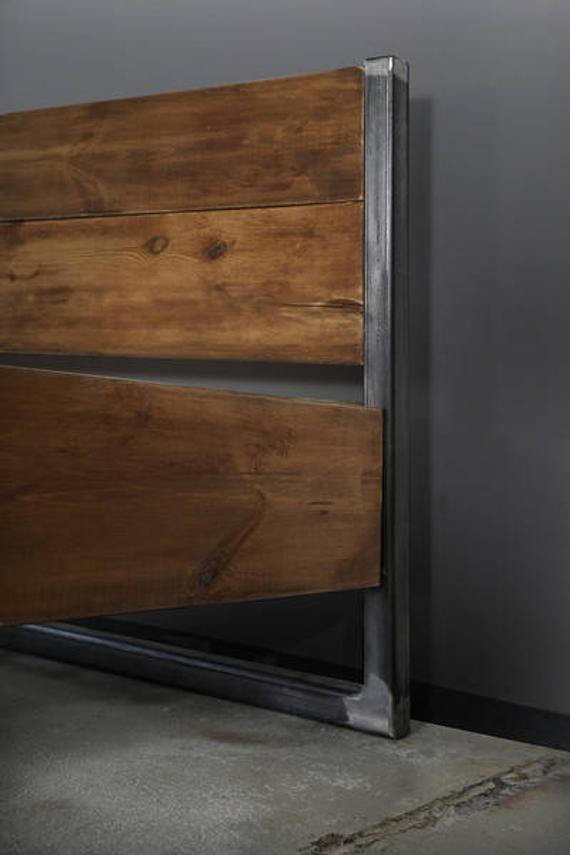 Bauholz Bett Verdon Black Eisenfusse In 2020 Decor Furniture