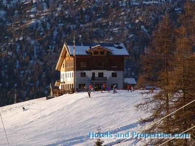 Hotel for sale in Champoluc - €9,000,000
