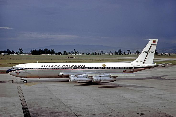 avianca-707-300b