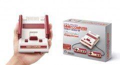任天堂から今秋に発売されるニンテンドークラシックミニ ファミリーコンピュータが熱い   1983年に発売されたファミコンを60%縮小した手のひらサイズで ちゃんとゲームもプレイできるんです   カセットは差し込む必要はなく 歴代のファミコンのゲームタイトル30種が予め収録されていて HDMIケーブルでモニターに接続すればどこでも気軽に遊べるんだとか  値段も5980円と安いのでファミコン世代は欲しくなりますね  2016年11月10日発売予定です