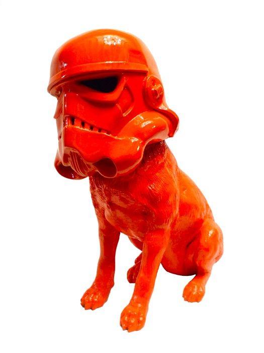 Finn Stone - Trooper Dog | Fibreglass, 65x68x32cm, £2300 pop art