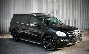 Mercedes GL 450 with custom Lexani  inch R-Four wheels
