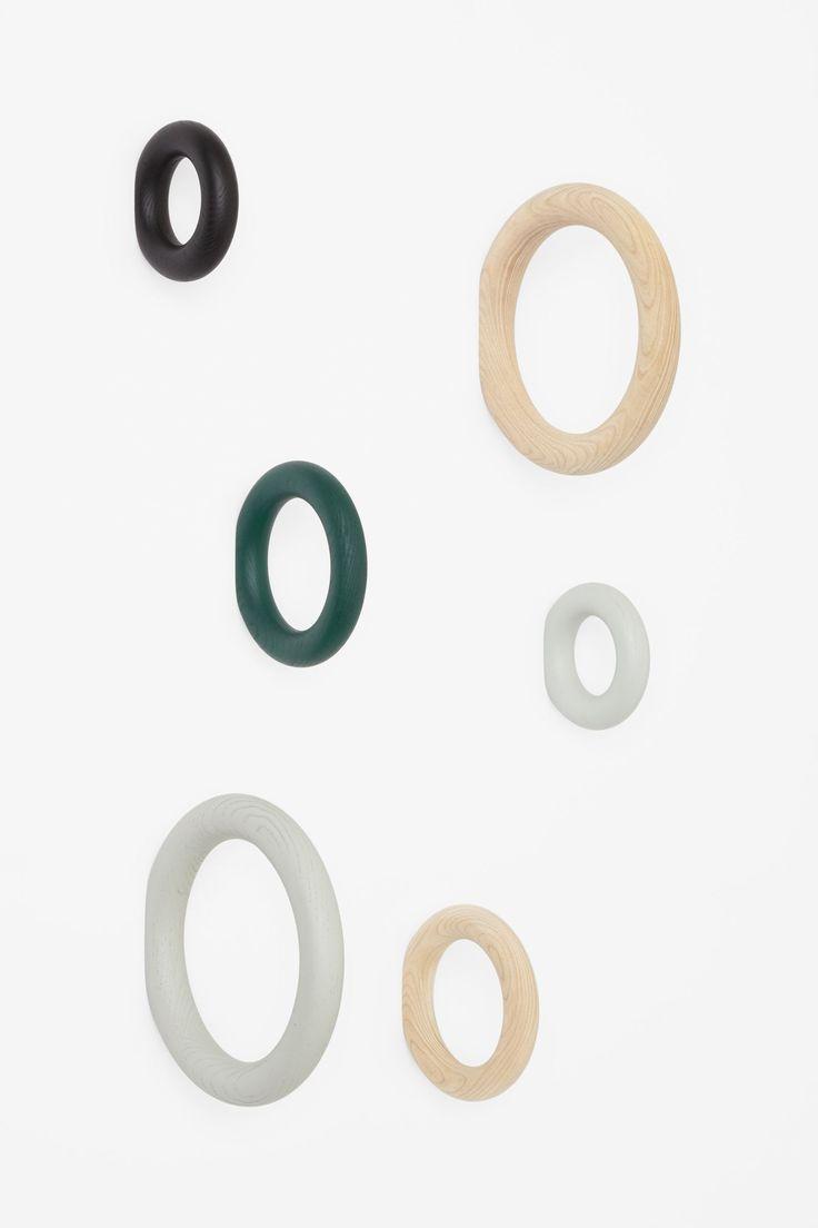 Medium gym hook cos x hay wishlist pinterest for Polygon produktdesign