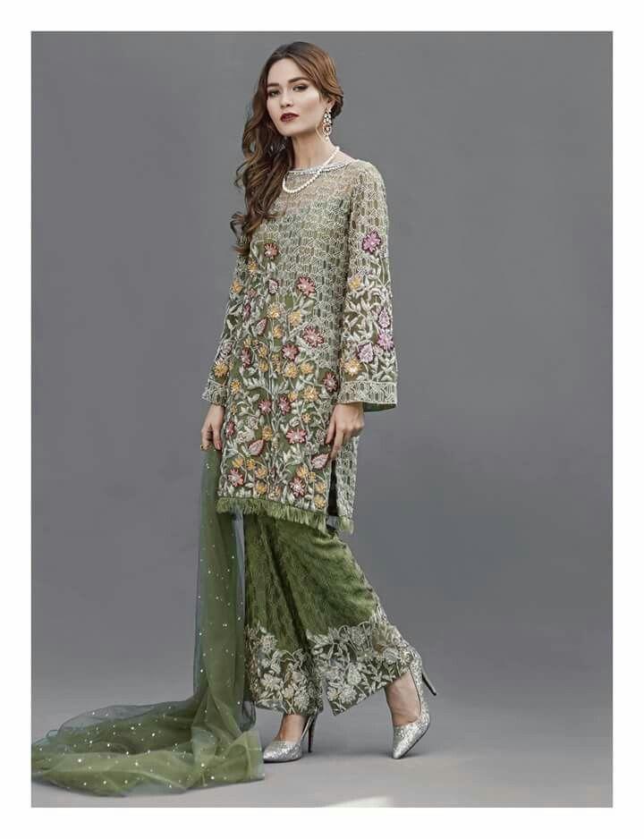 #dailystylish #highfashion #bridal #fashion #palazzo #salwarsuit #embroidery #pants #velvet #kurta #bride #velvet #salwarsuit #salwarkameez #lehnga #sare #anarkali #kurti #sharara #lehngacholi #tunic #shalwar