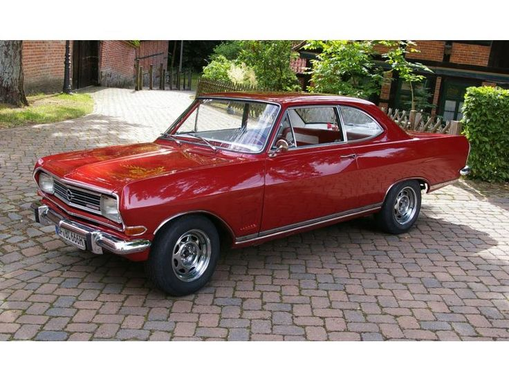 Opel Record B Coupe 6