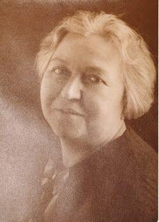 ZEHRA MÜFİT SANER (1876 - 1956): Kitre bebek ve figürlerin yaratıcısı, ressam...: ZEHRA MÜFİT SANER (1876-1956)