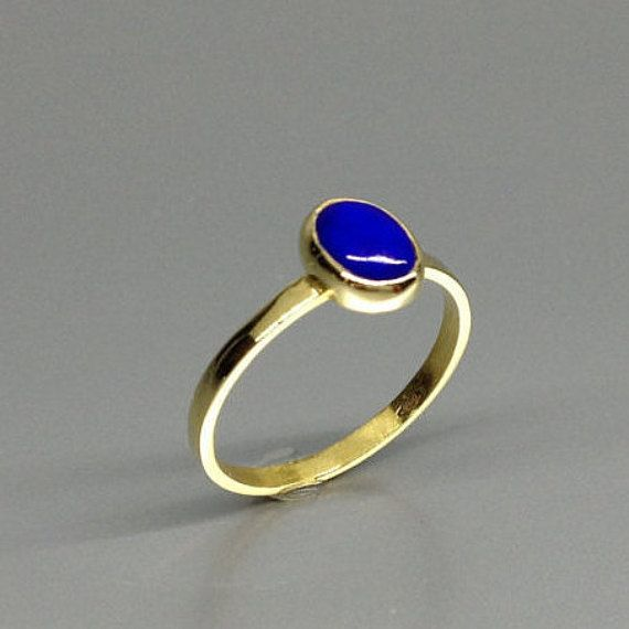 Classic Lapis Lazuli ring with 18K gold