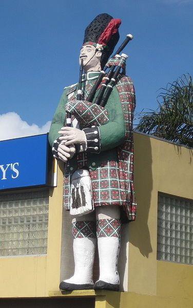 """the Big Scotsman, colloquially known as """"Scotty"""", found on """"Scotty's Corner"""" in Medindie, Adelaide, South Australia"""