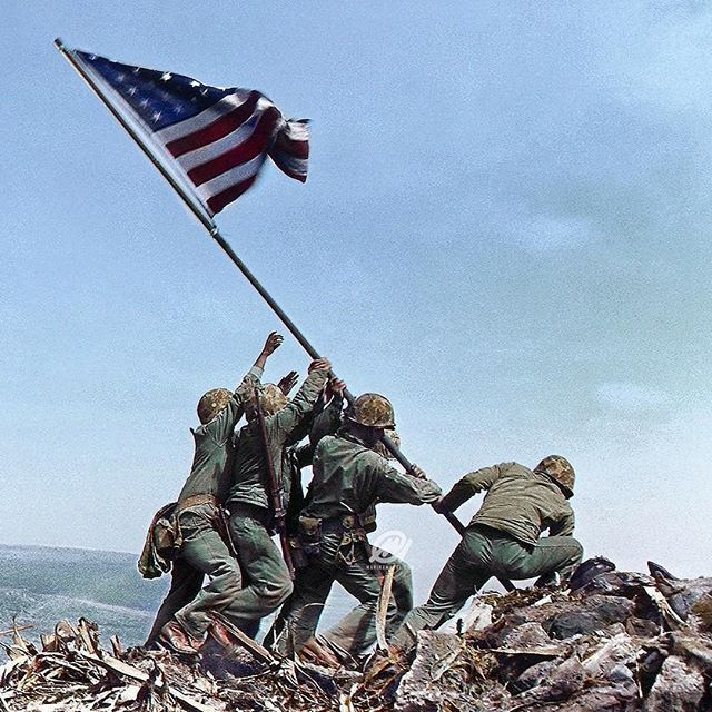 worldwar2historypics ‪Colorization by @marinaarts: Six #Marines raising the U.S. flag atop Mount Suribachi during the Battle of Iwo Jima on February 23, 1945. #WWII #WW2 #History #iwojima #mountsuribachi #island #islands #photoshop #marines #usmarines #usmc  #usa #usa🇺🇸 #american #pacific #flag #flags #america #1945 #23 #1940s #worldwarii #worldwar2 Iwo Jima 2017/04/25 20:51:27