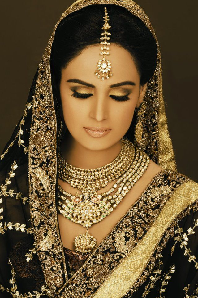 Pakistan Desi South Asian bridal couture fashion wedding bride. Black and gold bridal wear