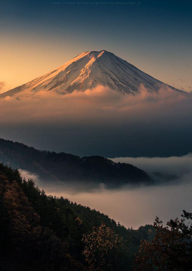 Sunrise and morning fog, Mount Fuji, Japan