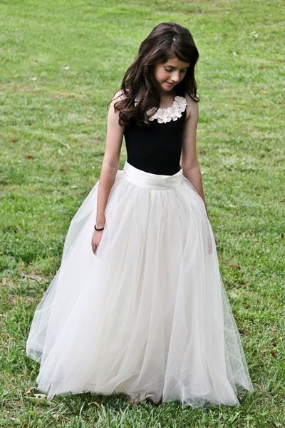 Tulle Ruffles Black And White Girls Formal Wear Flower Girl's Dress
