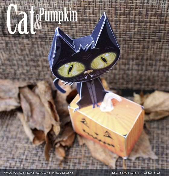 Darling FREE Halloween paper craft - just print it out on color paper and cut it out. SOOOO clever.