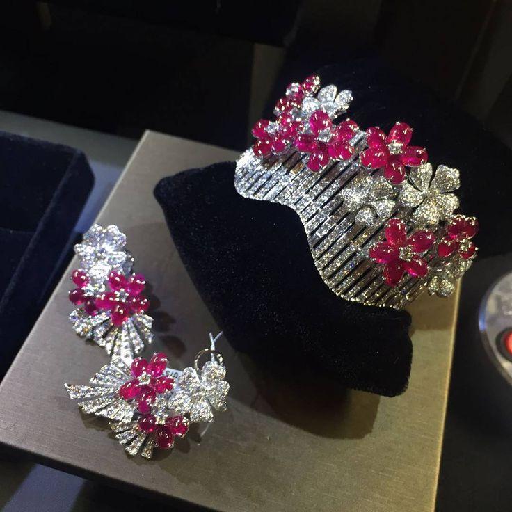 Gorgeous ruby earrings and bracelet ❤❤ Spectacular  #Belfordjewellery #ruby #Rubies #Ring #rubyearrings #rubybracelet #diamonds #diamondring #natural #precious #Gemstones #oneofakind #rubyred #instajewelry #finejewelry #highjewellery #highend #instalike #giftforher #HongKong #Macau #dubai #thailand #nyc #switzerland #China #Moscow