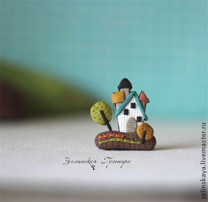 Броши ручной работы. Ярмарка Мастеров - ручная работа Лето в Муми доле. Маленькая брошь. Handmade.