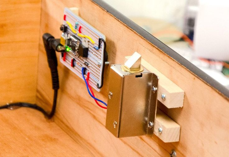 Secret Knock Activated Drawer Lock Tutorial:   Unlock a drawer by knocking a secret pattern.