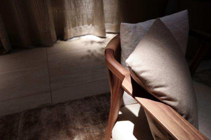 FLEXFORM CRONO #armchair, designed by Antonio Citterio. Find out more on www.flexform.it