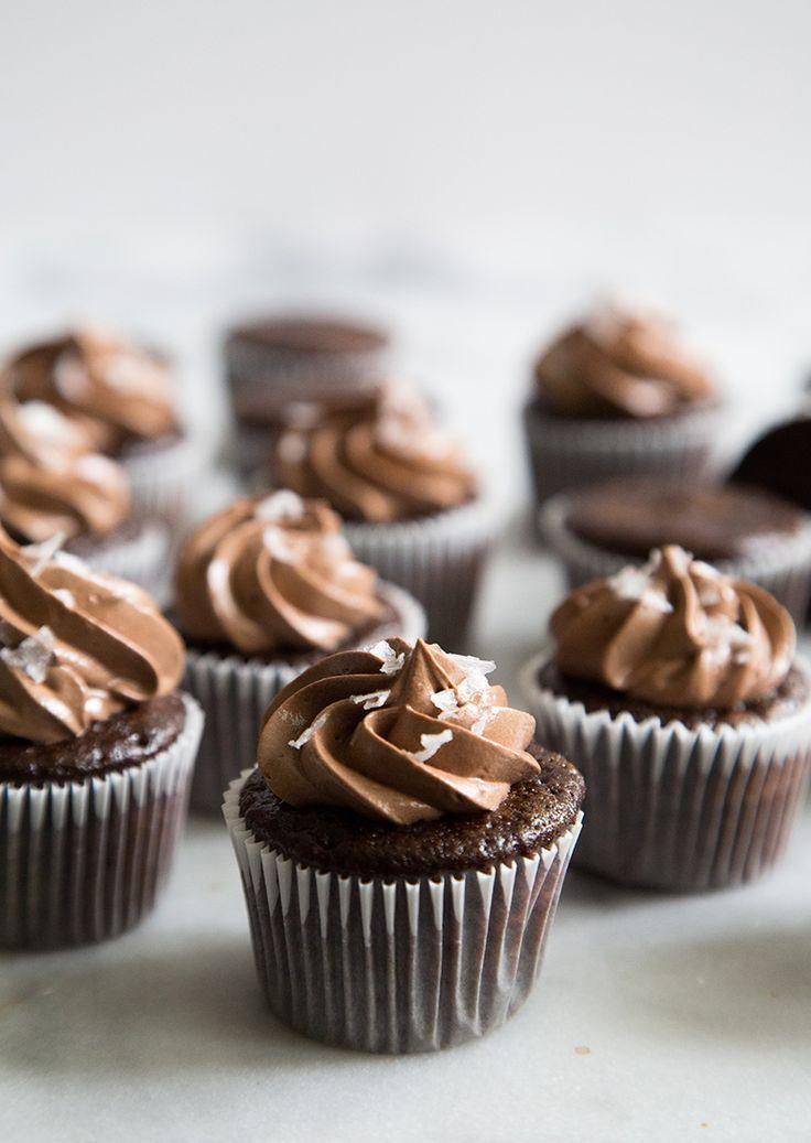 Mini Chocolate Cupcakes with Sea Salt Chocolate Buttercream #ZingBakingHoliday