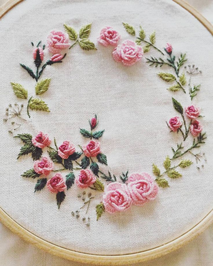 61.5k Followers, 472 Following, 177 Posts - See Instagram photos and videos from 刺繡作家 王瓊怡 Joanne (@up_in_the_hill)