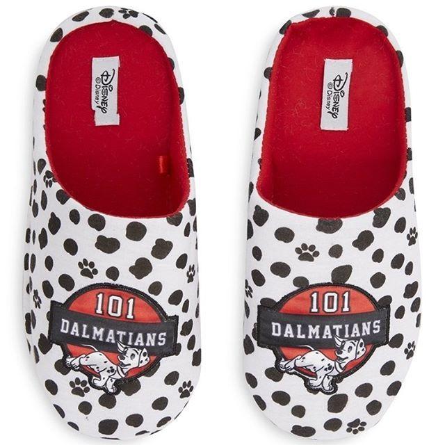 Zapatillas de 101 Damaltas  Categoría:#pantuflas #primark_mujer #zapatos_mujer en #PRIMARK #PRIMANIA #primarkespaña  Más detalles en: http://ift.tt/2nlm0XI