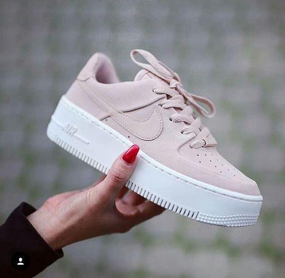 #shoes #fashion #sneaker Aquele tênis para gente ficar mais alta😂Amei😍❤…