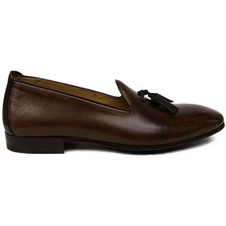 8493 zapato mocasín color cuero con borlas en marrón, tipo slipper de Paco Milan | Calzados Garrido