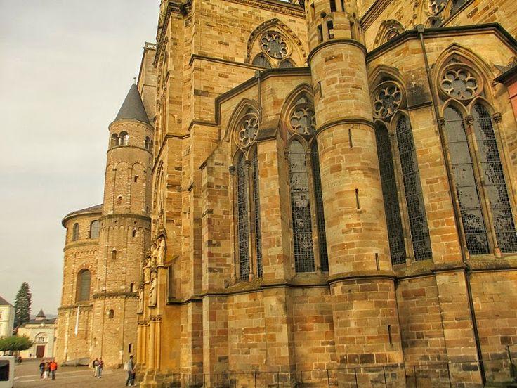 anderswohin Trier Stadtfuehrung - Liebfrauenkirche