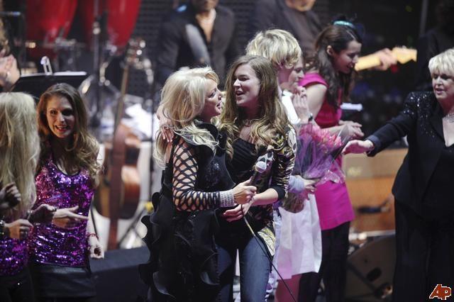 #BonnieTyler #pinktober #rock #concert #music #2009