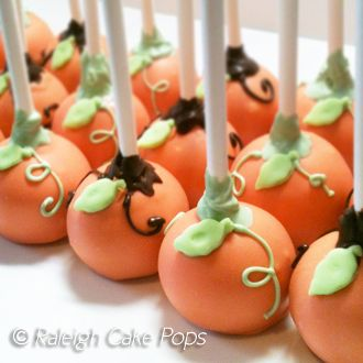 Pumpkin Cake Pops ~ great dessert for my Wine Tour in the fall ;)