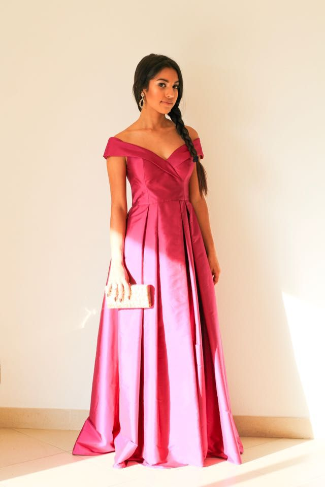 26 best Vestidos de festa images on Pinterest | Neckline, Party ...