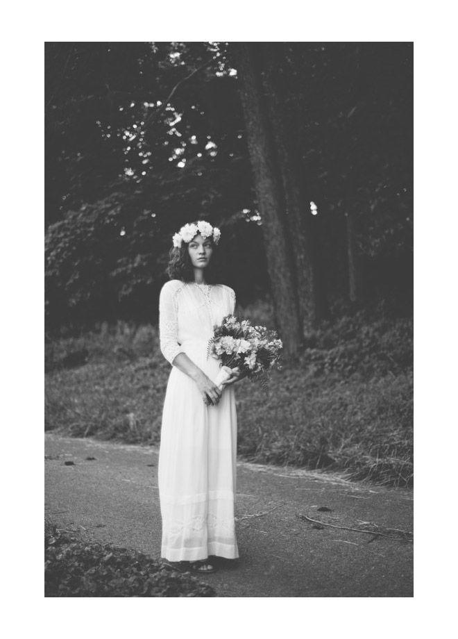 Miss Moss : Mr & Mrs Goetz: Wedding Dressses, Vintage Wedding, Flower Crowns, Vintage Bohemian, Bohemian Wedding, Dresses, Black White, Wedding Photo, Bride