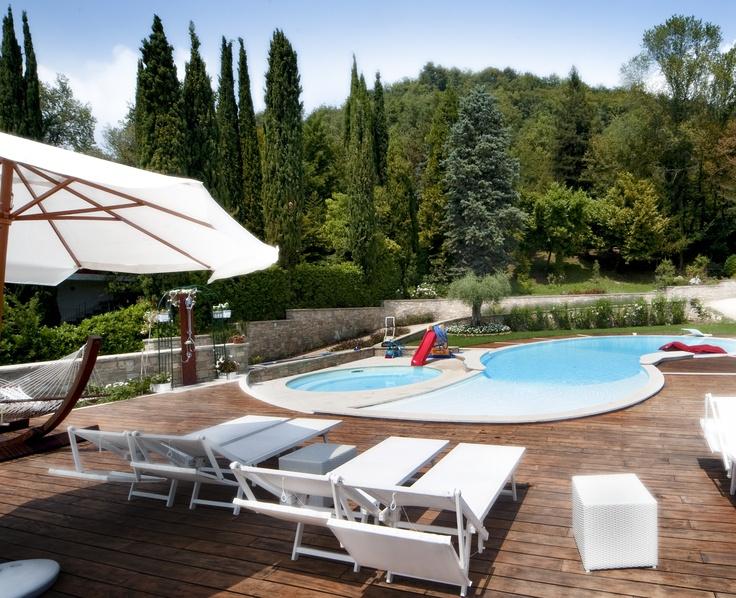 Il Parco e le piscine di Villa Luna Salò