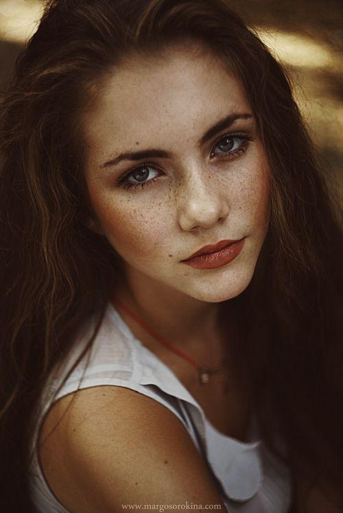 Brunette  Freckles  Character Inspiration, Beauty Women -3939