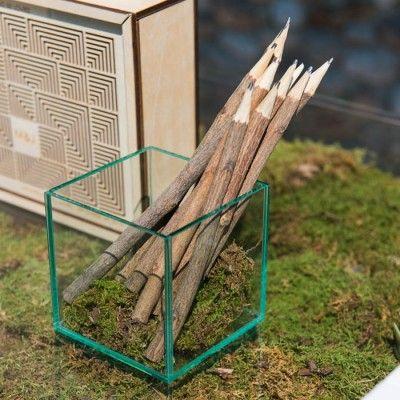 Rustieke houten potloden (5st)  op Weddingdeco.nl