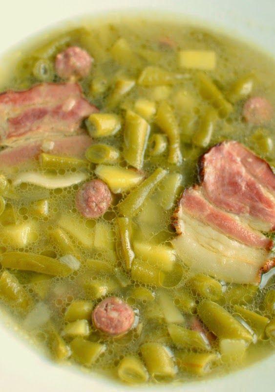 Su šaukštu aplink pasaulį: Šparaginių pupelių, bulvių ir rūkytos šoninės sriuba