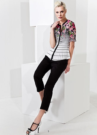 Cute blouse with pink flower and black stripes KRISS Sweden