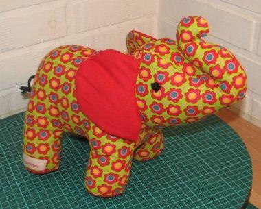 Elefant https://www.facebook.com/groups/1421467161440576/
