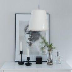 Porcelain pendant lamp Selma I J.Pasila