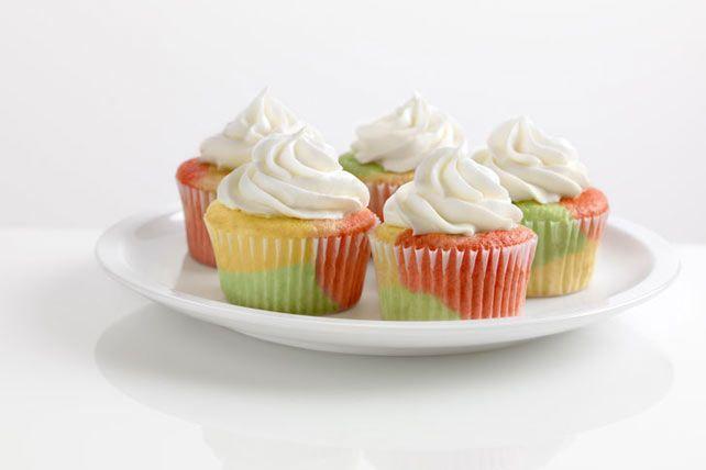 Petits gâteaux fruités multicolores