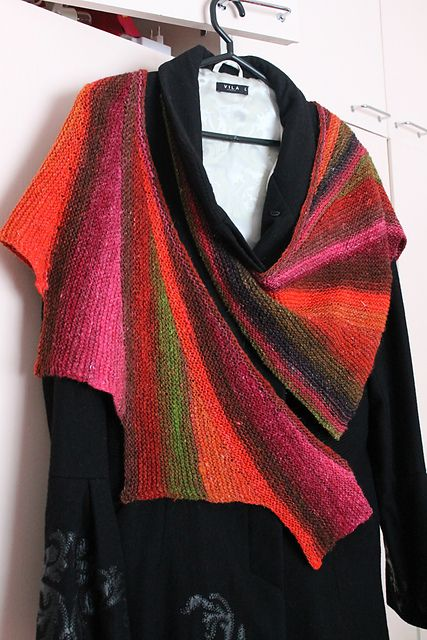 Ravelry: Wingspan pattern by maylin Tri'Coterie Designs. Short Rows and offset triangles create this lovely drape. What a great way to use a yarn stash!