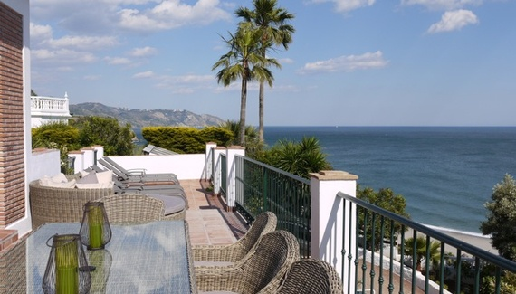 Casa Mya, a self-catering in Málaga, Spain. Sea and palm views from snazzy terraces at this gleaming new build overlooking the beach. Open fire, curvaceous pool, luxury all year roun! http://www.sawdays.co.uk/self-catering/spain/andalusia/malaga/casa-mya  #sawdays