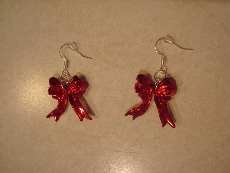 Red Bows Christmas Earrings, $6.99, via Etsy.